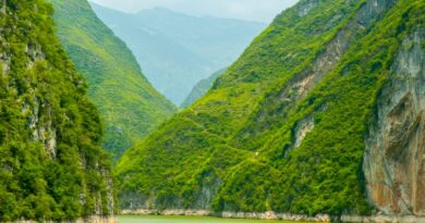 Three gorges, Yangtze river