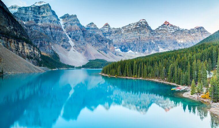 Sunrise at Moraine lake, Banff National Park, Alberta, Canada